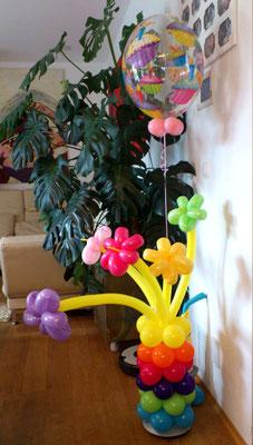Blumen Arrangement mit Bubble Cupcakes