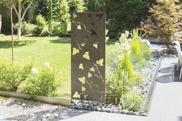©Nortene - Decoration Panel, le panneau décoratif en métal ajouré à planter au sol