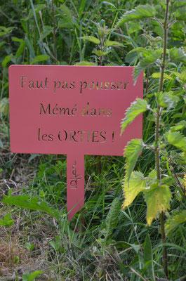 """©IDfer, étiquette de jardin décorative HAPPINESS """"ORTIES"""" rose"""