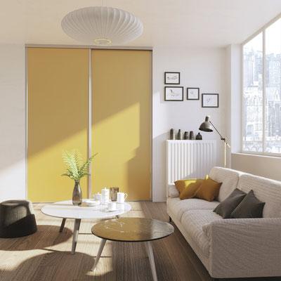 ©Coulidoor, Porte de placard Jade argent brillant, décor jaune.