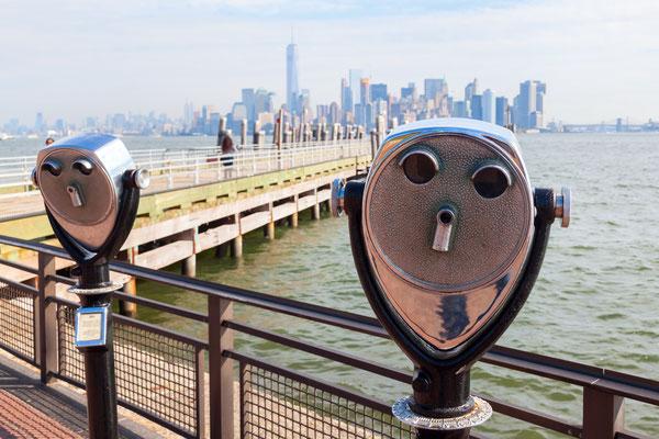 Blick von Liberty Island auf Manhattan