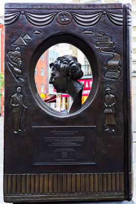 London, Agatha Christie Skulptur