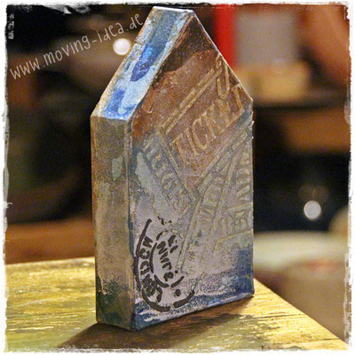 Mit der Venezia Stein Effekt Paste schablinieren