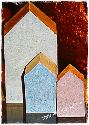 Betonhäuser farbig