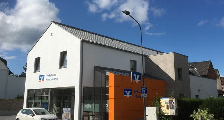 Außenwandgestaltung Verputztechnik Volksbank Heuchelheim Geschäftsstelle Waldgirmes