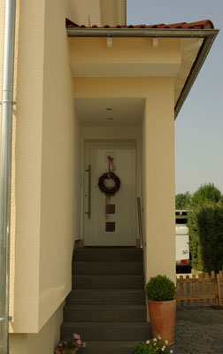Fassadengestaltung Wohnhaus Eingangsbereich