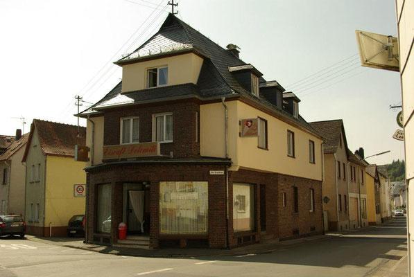 Eiscafé Dolomiti Putz- und Anstrichsysteme Wohn- und Geschäftshaus