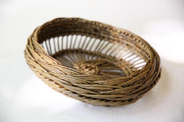 Corbeille périgourdine ovale (variation de tresses)