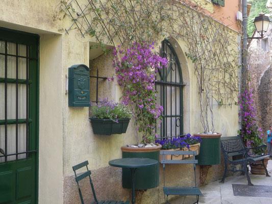 Vieux village de Roquebrune -  Alpes Maritimes