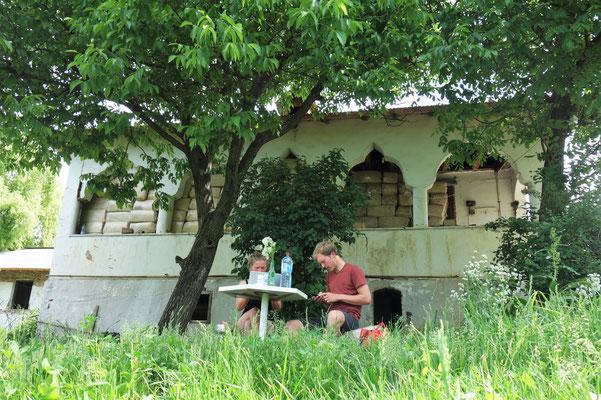 Im Garten von Mirca.