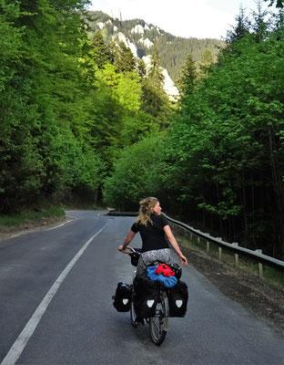 Bergstraße über die Südkarpaten.