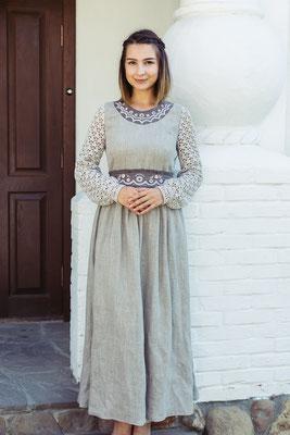 платье в русском стиле с вышивкой
