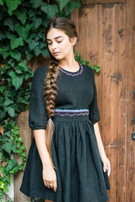 льняное платье, платье с вышивкой