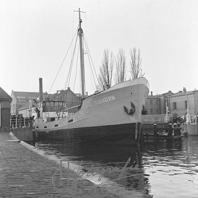 Huis van Bewaring met zeeschip 1954