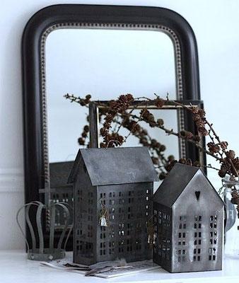 Décoration de Noël mêlant métal et vieux miroirs - Pinterest La Déco d'Hélo