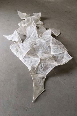 O.T. /// 2013 /// 45cm x 140cm x 280cm /// Papier