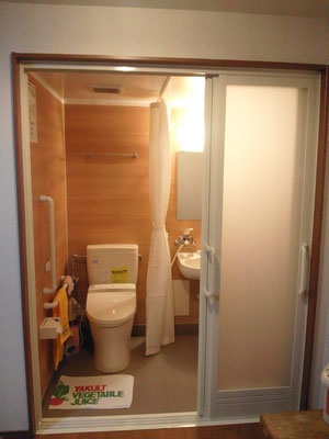 ユニットのトイレ&シャワ-
