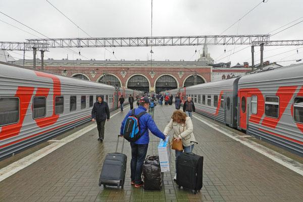 Ankunft in Moskau nach langer Reise aus dem Ural