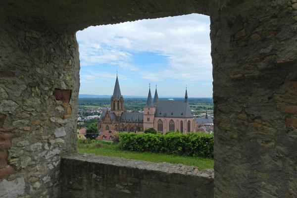 Вид с крепости на церковь Сятой Екатерины