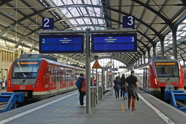 Электрички на главном вокзале Висбадена.