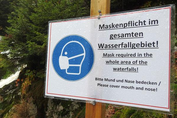Предупреждение  туристам в лесу