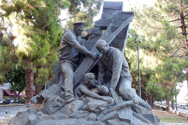 Denkmal für die russischen Katastrophen-Helfer