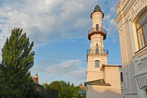 Auch die Schwarze Moschee von Astrachan hat eher helle Wände.