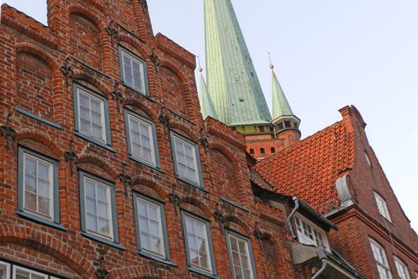 В Любеке сохранились множество средневековых домов.