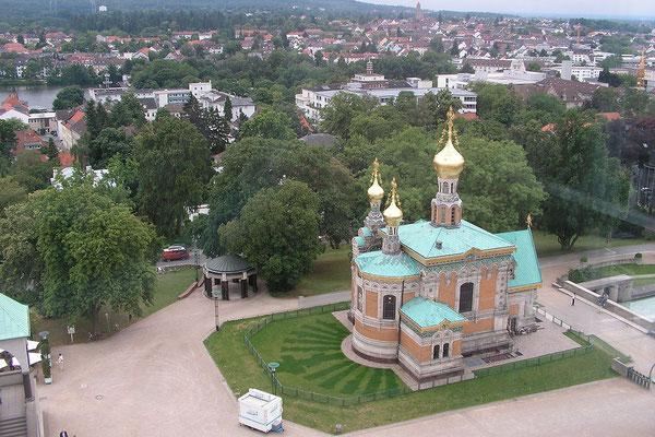 Blick auf die russische Kirche vom Darmstädter Hochzeitsturm