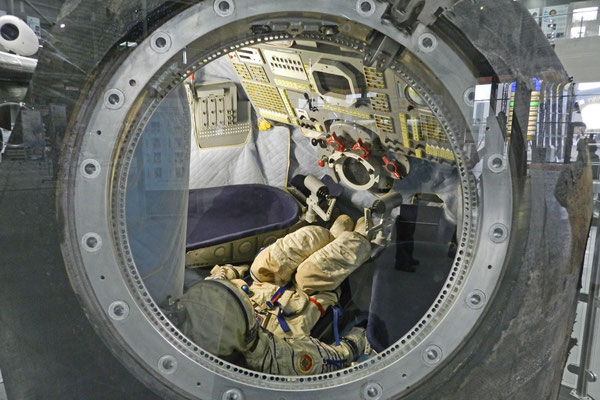 Blick in eine Sojus-Landekapsel