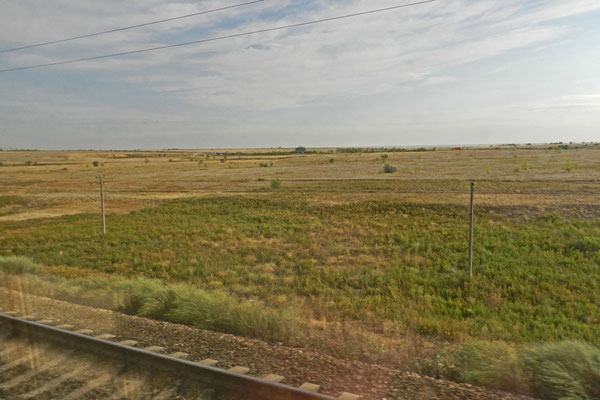 ...und ein ganz anderes Bild vor dem Zugfenster am nächsten Morgen.