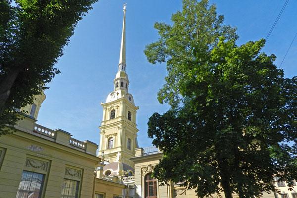 Die Peter-Paul-Kathedrale ist die höchste orthodoxe Kirche der Welt.