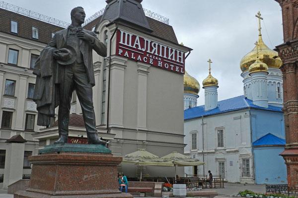 Denkmal für Fjodor Schaljapin in Kasan