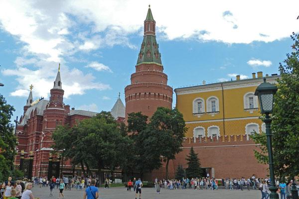 Zeit für Kreml und Roten Platz haben wir in diesem Sommer nicht - nur zum Vorbeilaufen.