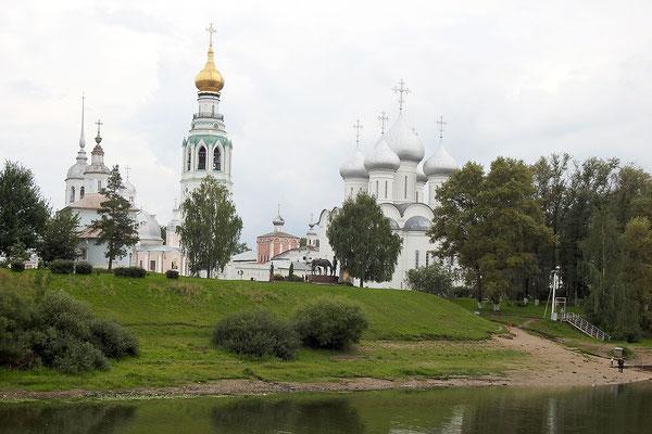 Blick auf das Kirchen-Ensemble am Kreml-Platz