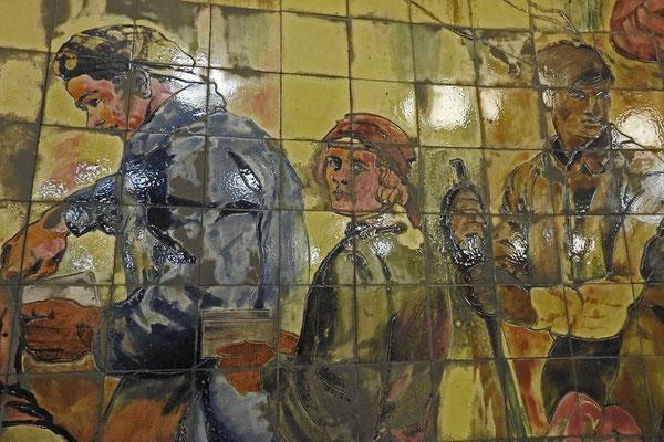 """An der """"Komsomolskaja""""wird auch an die Metro-Bauarbeiter erinnert."""