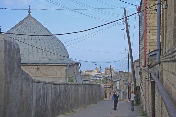 Kuppel der Dschuma-Moschee von der Rückseite aus gesehen