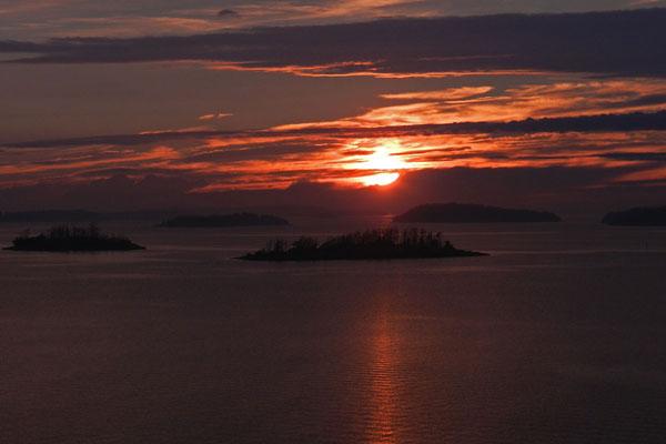 Закат у финнского побережья
