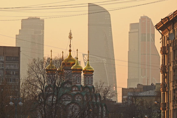 Längst dominieren die Wolkenkratzer der Moskau-City das Stadtbild.