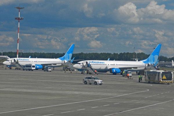 Maschinen von Pobeda Airlines in Moskau-Wnukowo