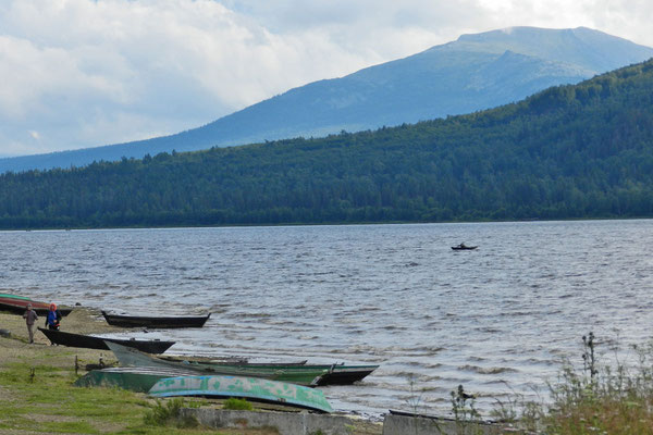 Fischerboote am Sjuratkulsee