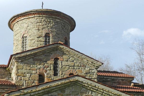 Neugedeckter Turm der nördlichen Kirche