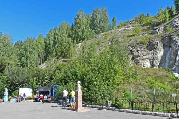 """Der """"Eisige Berg"""" bei Kungur verbirgt die berühmte Eishöhle"""