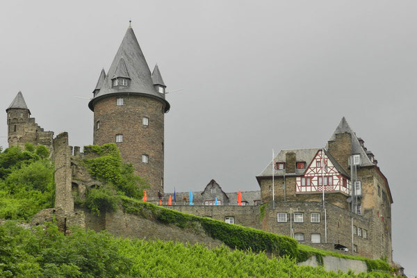 Замок Штальэкк в Бахарахе