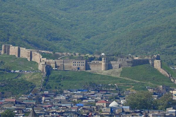 Die Festung Naryn-kala dominiert Derbent.