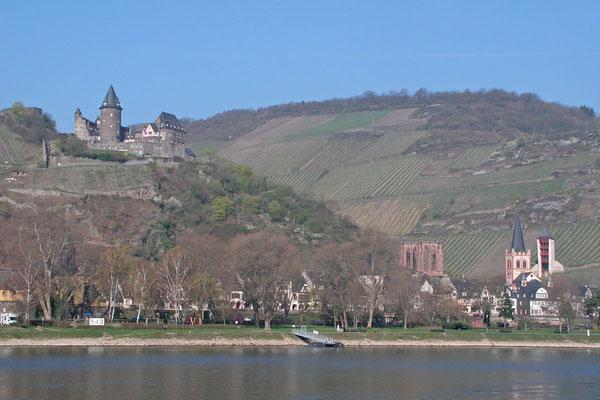 Вид на Бахарах с Рейна