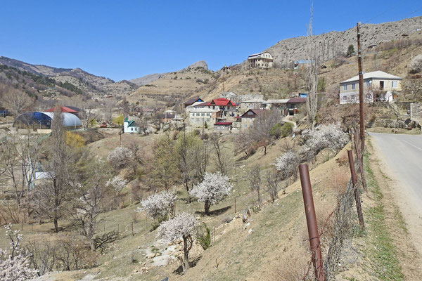 Auch einige Privathäuser und Hotels liegen am Rand des Naturparks