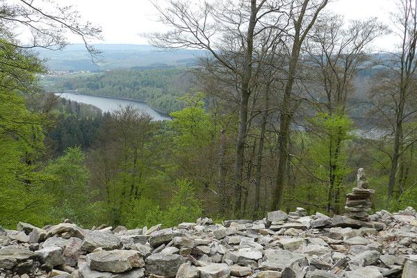 Вид на водохранилище реки Прим.