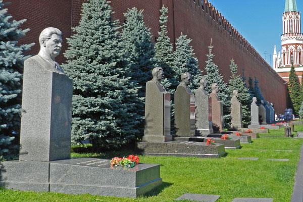 Sowjet-Tyrann Stalin ruht hinter dem Granitbau.