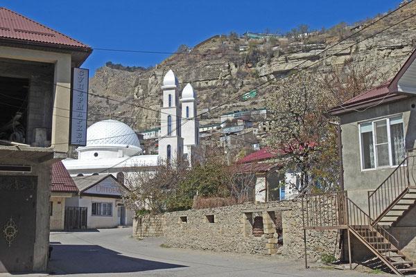 Blick auf die neue Moschee im Zentrum